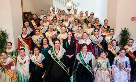 Las Reinas de Segorbe, Viver, Navajas y Jérica disfrutan de la Magdalena en Castellón