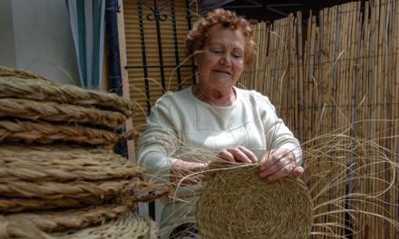 Almedíjar celebra la XX Feria de recuperación de oficios artesanos