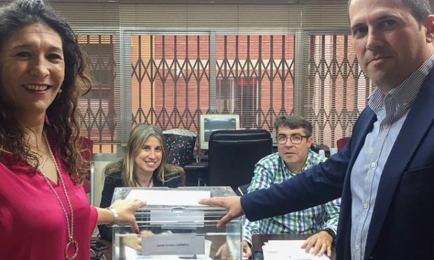 Amparo Mañez elegida presidenta del Colegio de Graduados Sociales