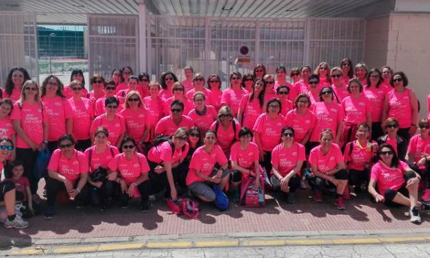 ASAC lleva a un centenar de mujeres a la «Marea Rosa» de Valencia