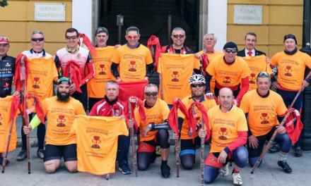 Ciclistas de la Ruta del Grial pasan por Segorbe