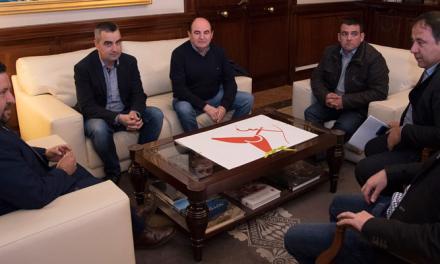 Javier Moliner se reúne con los GAL de la provincia