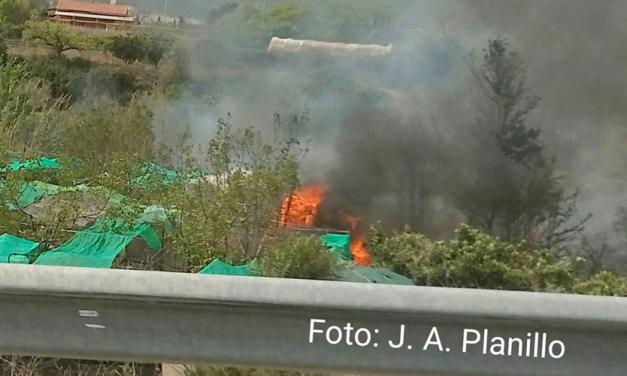 Sofocan un incendio junto al Camino Viejo de Altura