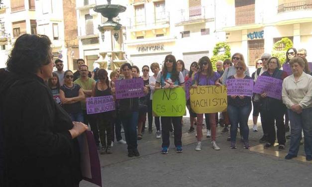 Manifestación de rechazo en Segorbe a la condena de La Manada