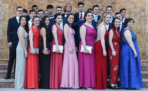 110 jóvenes del Alto Palancia celebran su graduación