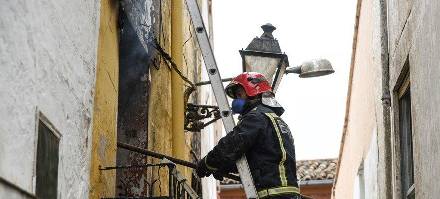 Se produce un incendio en la calle Corta de Segorbe