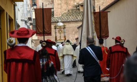Poco público en la procesión del Corpus Christi de Segorbe