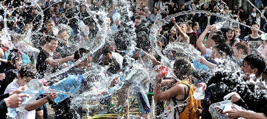 Viver celebra la Fiesta del Agua