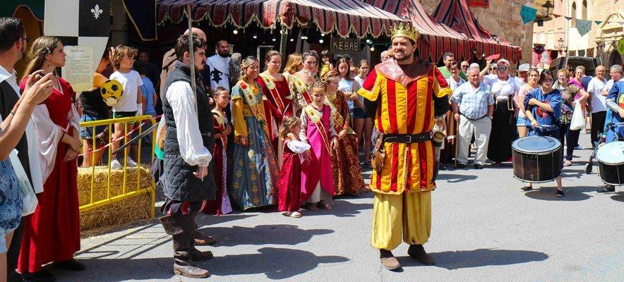 Miles de personas acuden a ver la Feria de Jérica