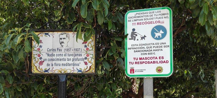 Recuerdan con señales la obligación de recoger las heces de perro