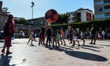 Segorbe celebra una animada Feria del Voluntariado