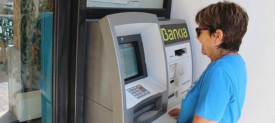 Bejís recogerá firmas para pedir servicios de Bankia