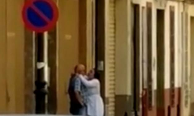 """Denuncian dos  """"Robo del abrazo"""" en Segorbe"""