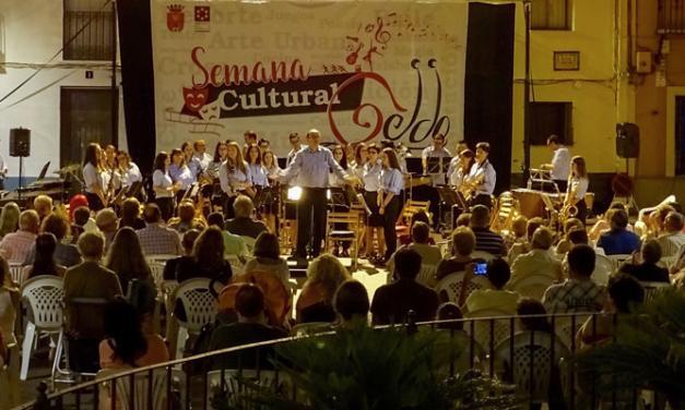 La Sociedad Musical de Geldo llenó anoche la plaza