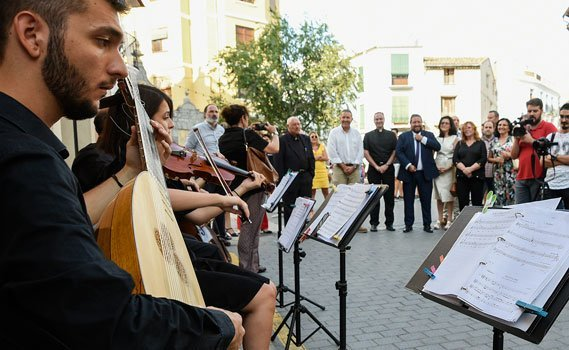 Moliner inaugura la Llum de la Memòria en Jérica y Caudiel