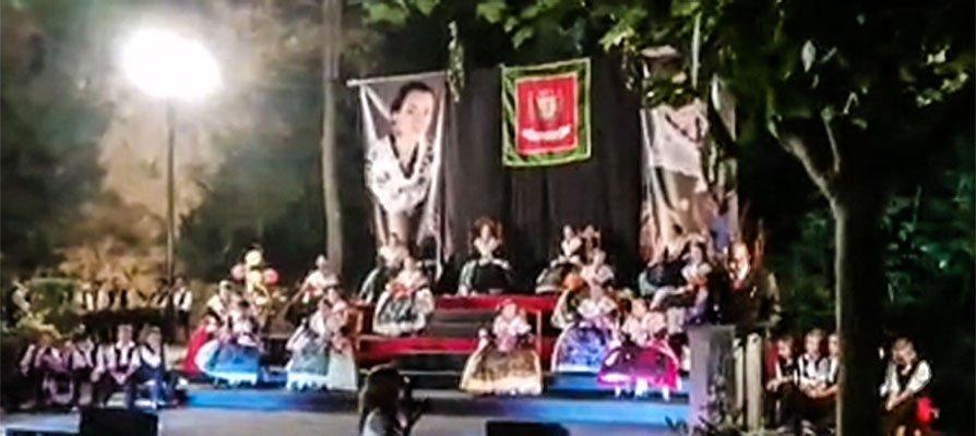 La Floresta de Viver acoge la presentación de las Reinas