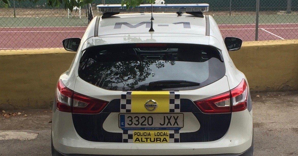 La Policia Local de Altura incorpora a su coche un desfibrilador