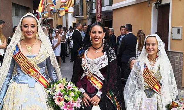 """Las falleras de Valencia acuden a las """"Fiestas de Verano"""" de Navajas"""
