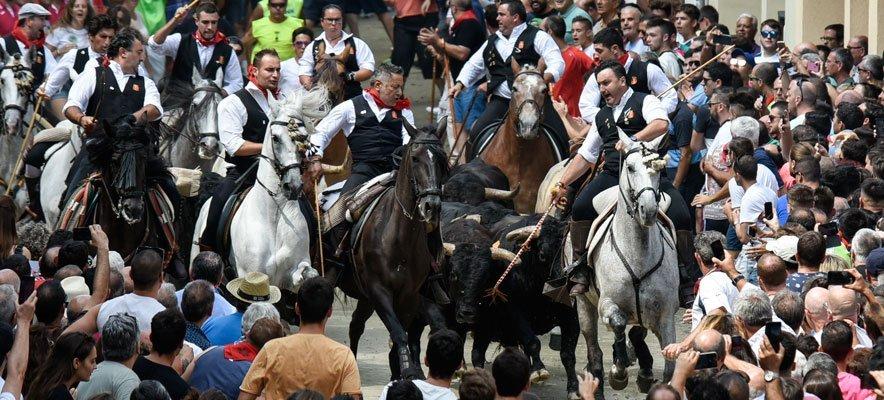 Segorbe celebra la Entrada más brillante de la Semana de Toros
