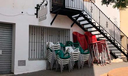 El PSOE se queja de las vacaciones del bar de Matet