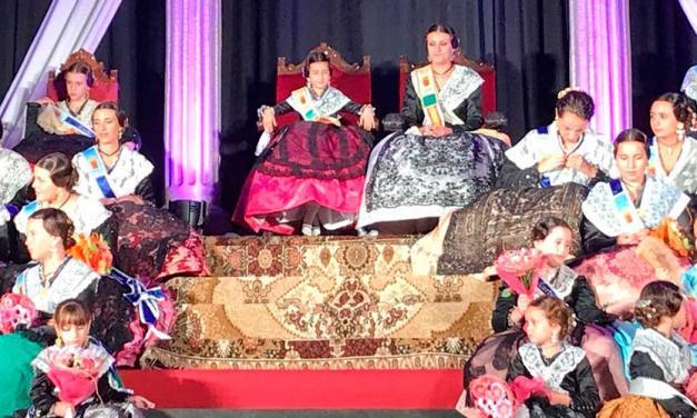 Jérica presenta a las Reinas Mayor e Infantil y su Corte