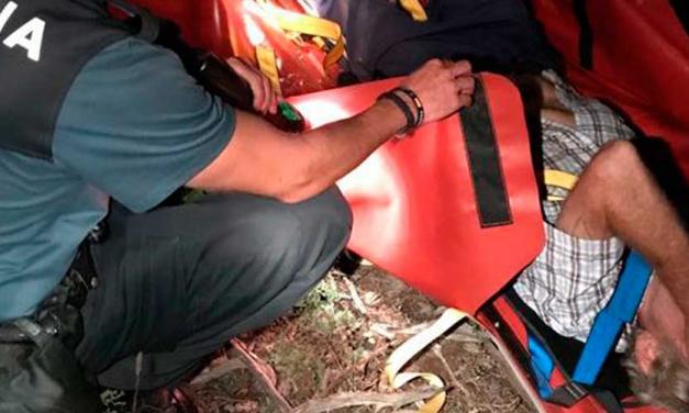 La Guardia Civil rescata a tres hombres perdidos en El Toro