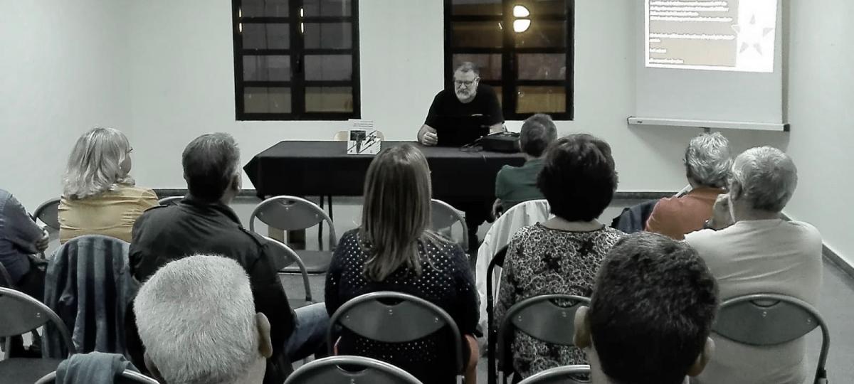 Nel.lo Navarro presenta «Diari d'un milicià de la cultura de la 57 BM a la serra d'Espadà»