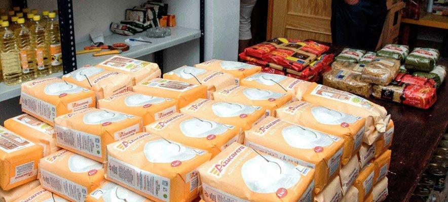 Caritas recibe 4.500 kg de alimentos para repartir a los pobres