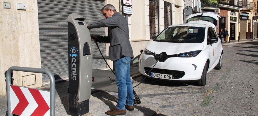 El Ayuntamiento de Segorbe compra un coche eléctrico por 24.000 €