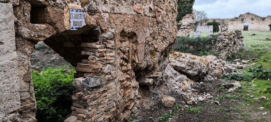 Un muro de la cartuja de Altura se desploma tras las lluvias