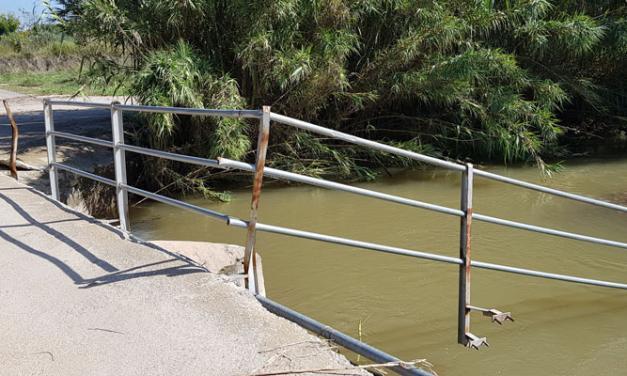 Vecinos denuncian el mal estado de un puente del río Palancia