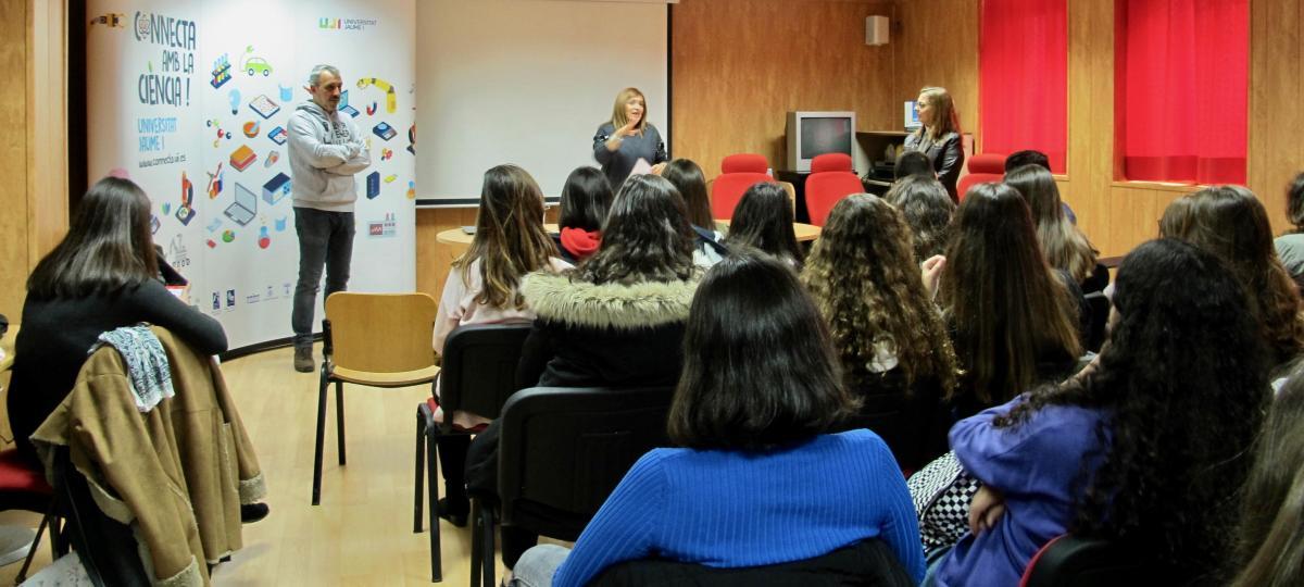 Estudiantes de la zona se  aproximan a las Ciencias en Segorbe