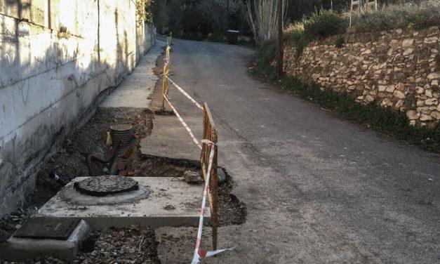 El camino de cementerio vuelve a estar abierto al tráfico