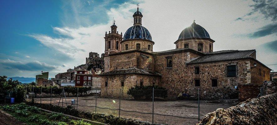 La Iglesia de Castellnovo es la única de la comarca dedicada a los Reyes