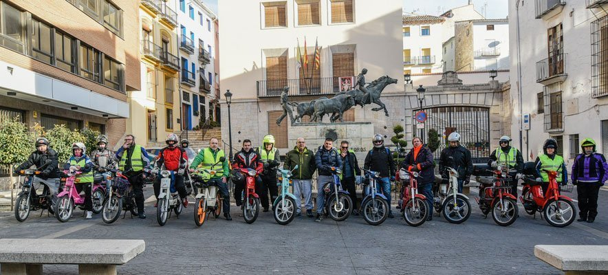 Una veintena de vespineros valencianos recorren la comarca hoy