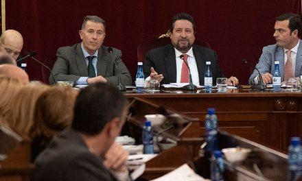 Diputación incrementa un 20% la inversión y cierra el año  sin deuda