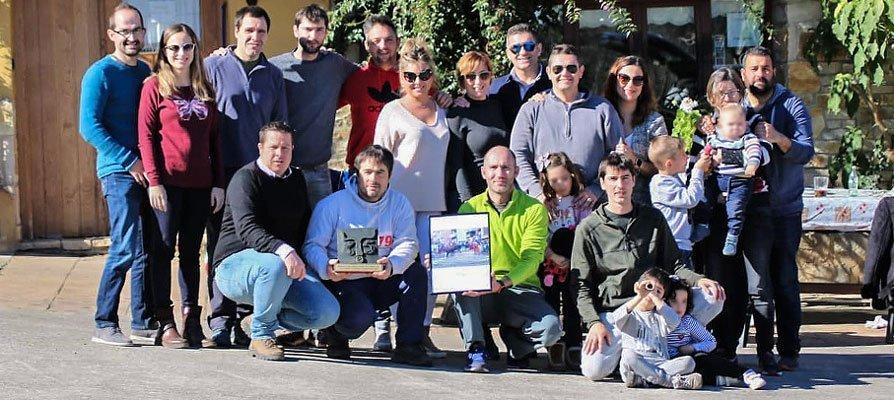 La Asociación CTS08 visita a la vaca Zarpi en Deba