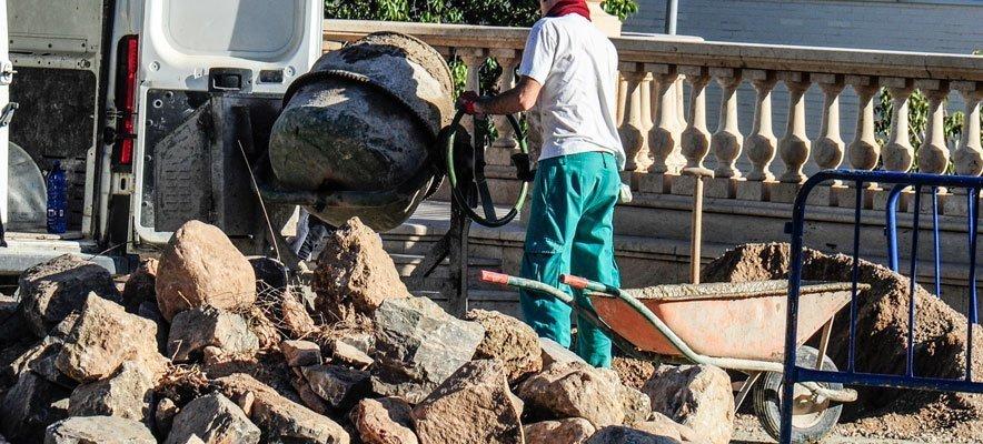 Después de 4 meses tapan el socavón del Botánico Pau