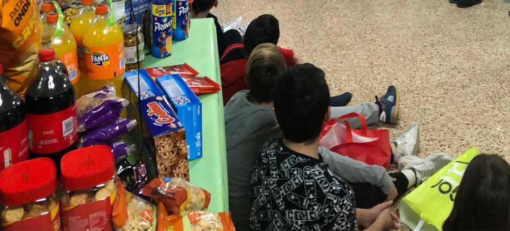 Los escolares de Segorbe recogen alimentos para las ONG