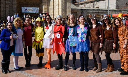 El Botánico Pau sirve de escenario para un Carnaval Infantil
