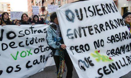500 personas se manifiestan en Segorbe en favor de las mujeres