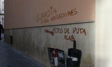 Segorbe amanece con varias pintadas contra la Guardia Civil