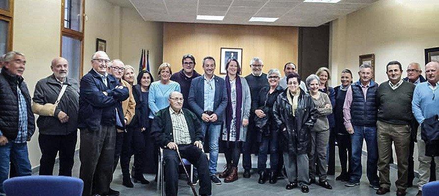 Sot de Ferrer da ejemplo al ofrecer un homenaje a sus políticos