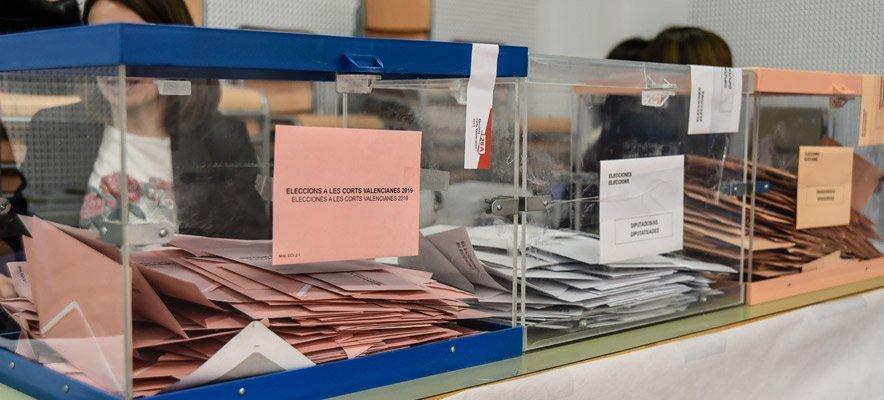 La elevada participación marca la jornada electoral