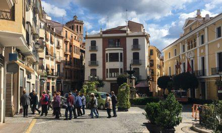 Cientos de jubilados inscritos el primer día en Castellón Senior