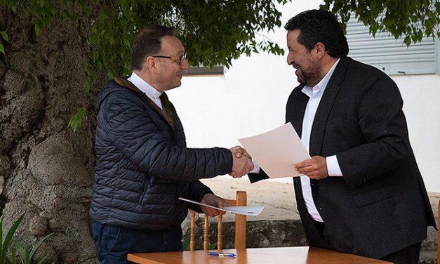 Moliner y Gallent firman un convenio para mejorar la Cueva Santa