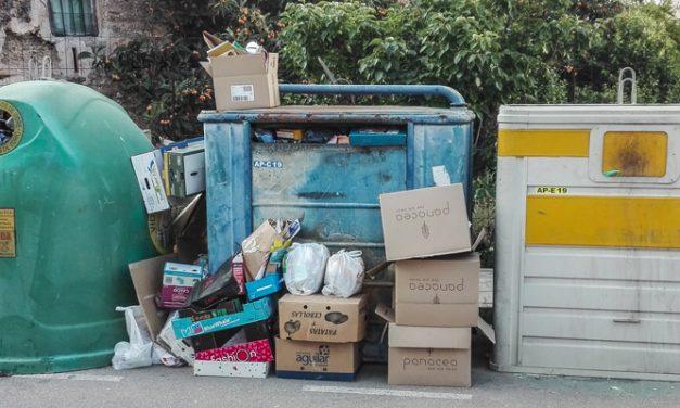 Los contenedores de Segorbe están saturados de basura