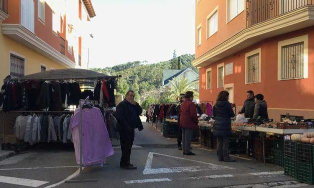 Navajas cambia la ubicación del Mercado en los meses de verano