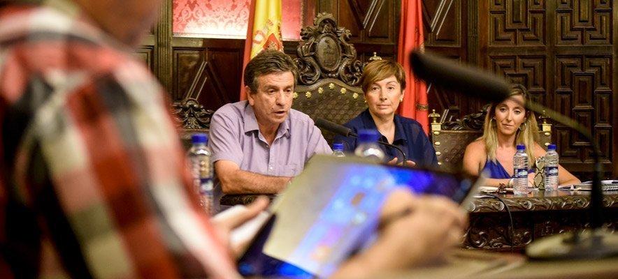 El pleno aprueba el sueldo de los concejales y alcaldesa de Segorbe