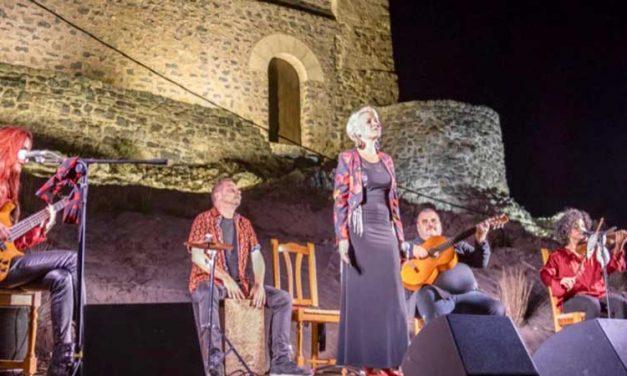 El castillo de Gaibiel escenario de un concierto de flamenco-pop